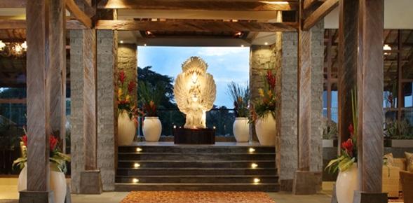 tribute_portfolio_hotel_ubud_bali_lobby_entrance