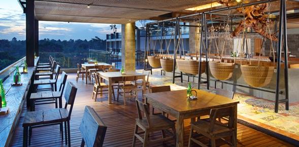 tribute_portfolio_hotel_ubud_bali_rooftop_bar