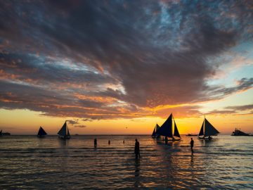 Boracay reopening lashed by deluge of criticism